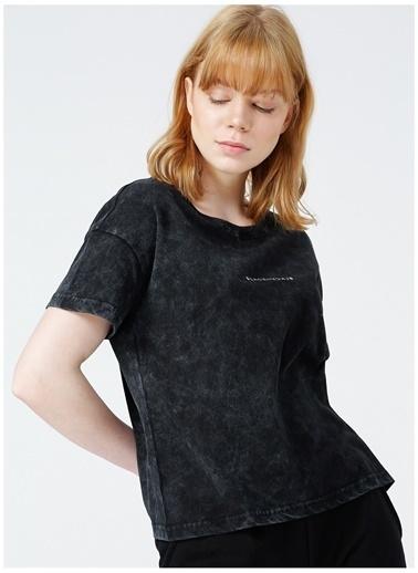 Black On Black Black On Black Livorno Antrasit Kadın T-Shirt Antrasit